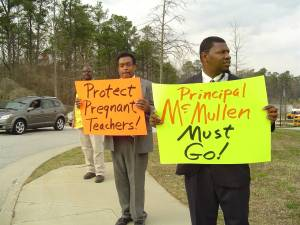 MACE Pickets Protect Pregnant Teachers